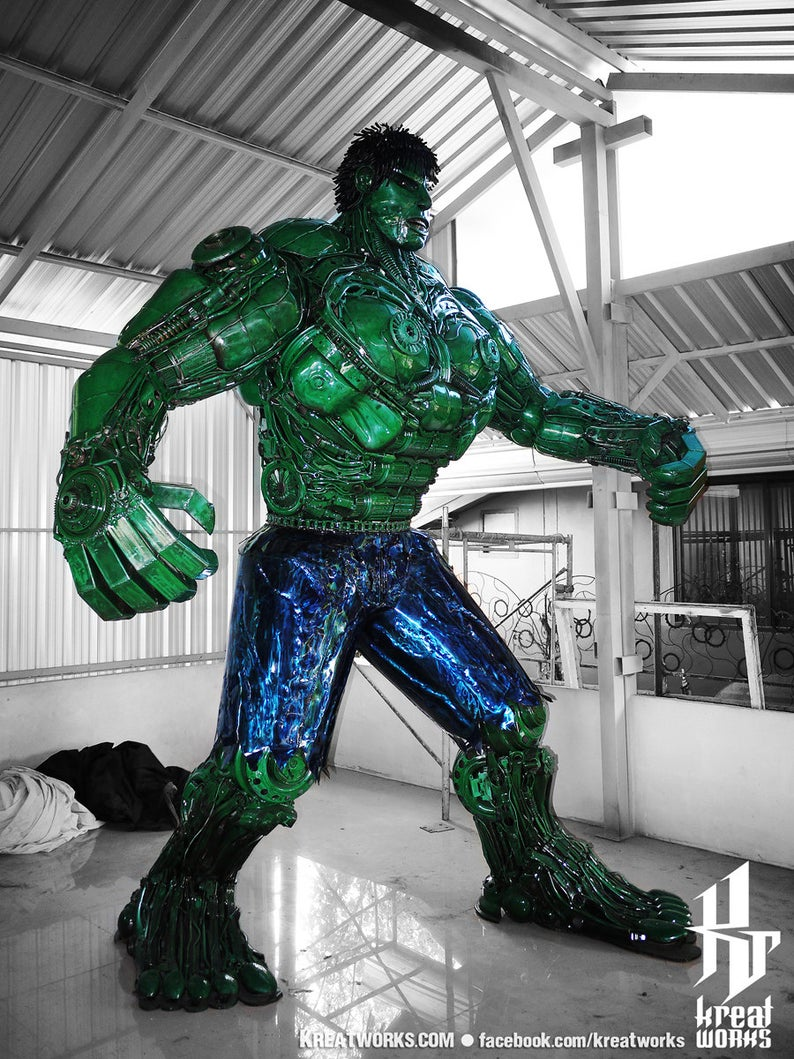 10 Foot Tall Recycled Hulk Side