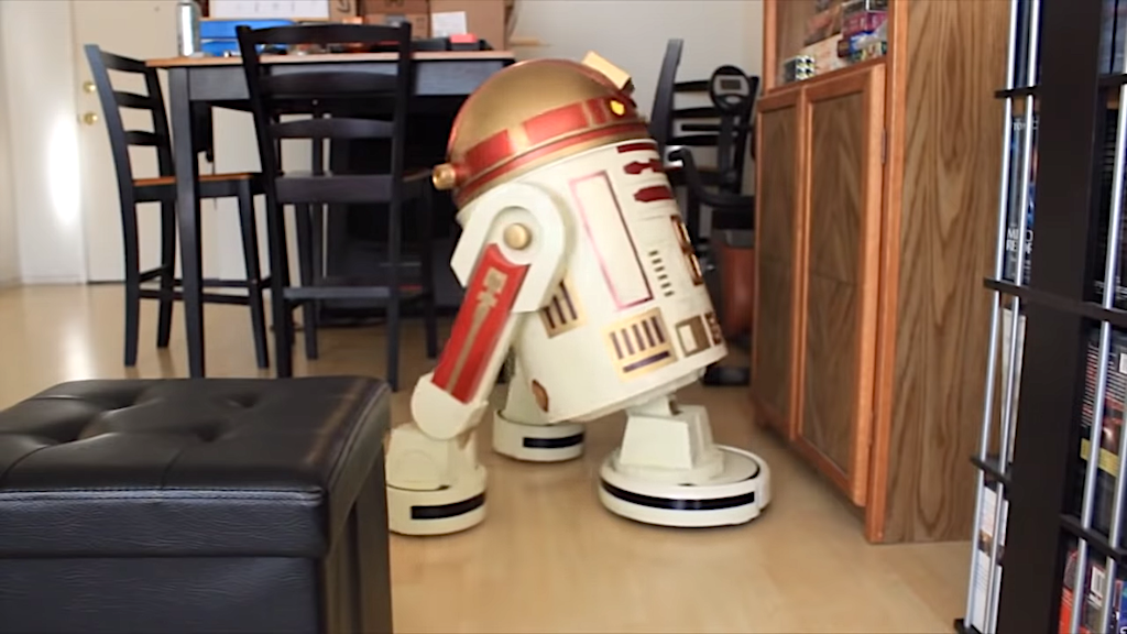 Housekeeping Droid Kitchen