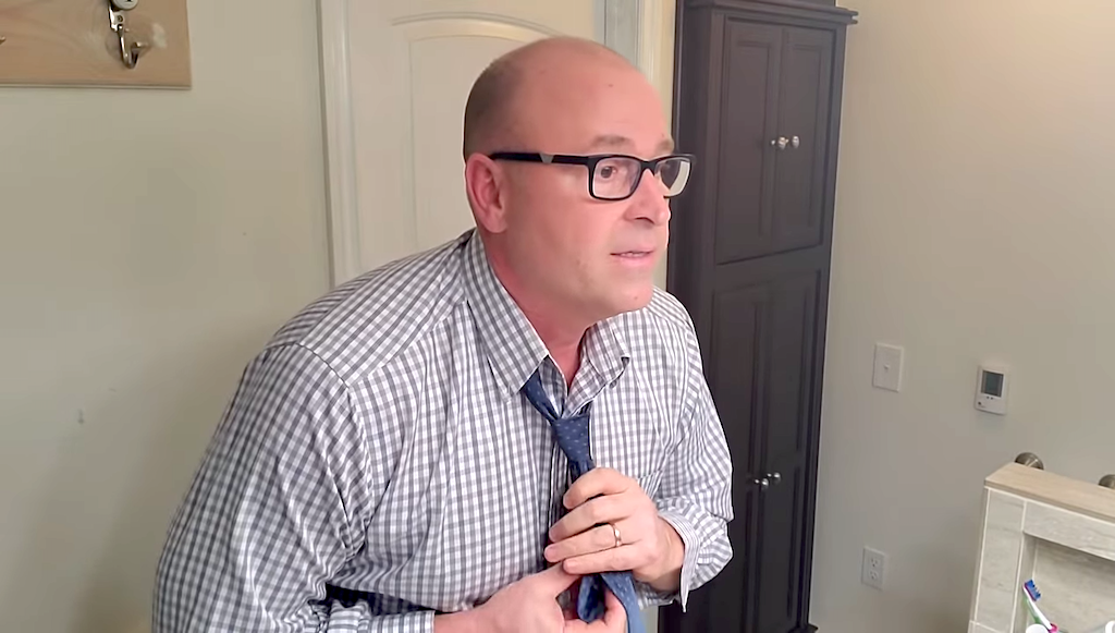 A Kind Father Who Grew Up Without a Dad Offers Practical Advice for Performing Daily Tasks