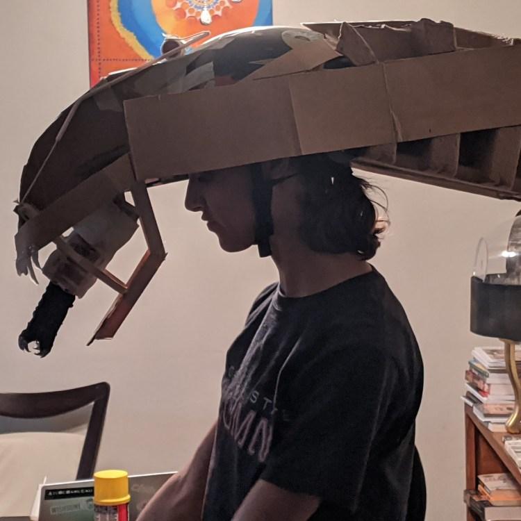 Cardboard Xenomorph