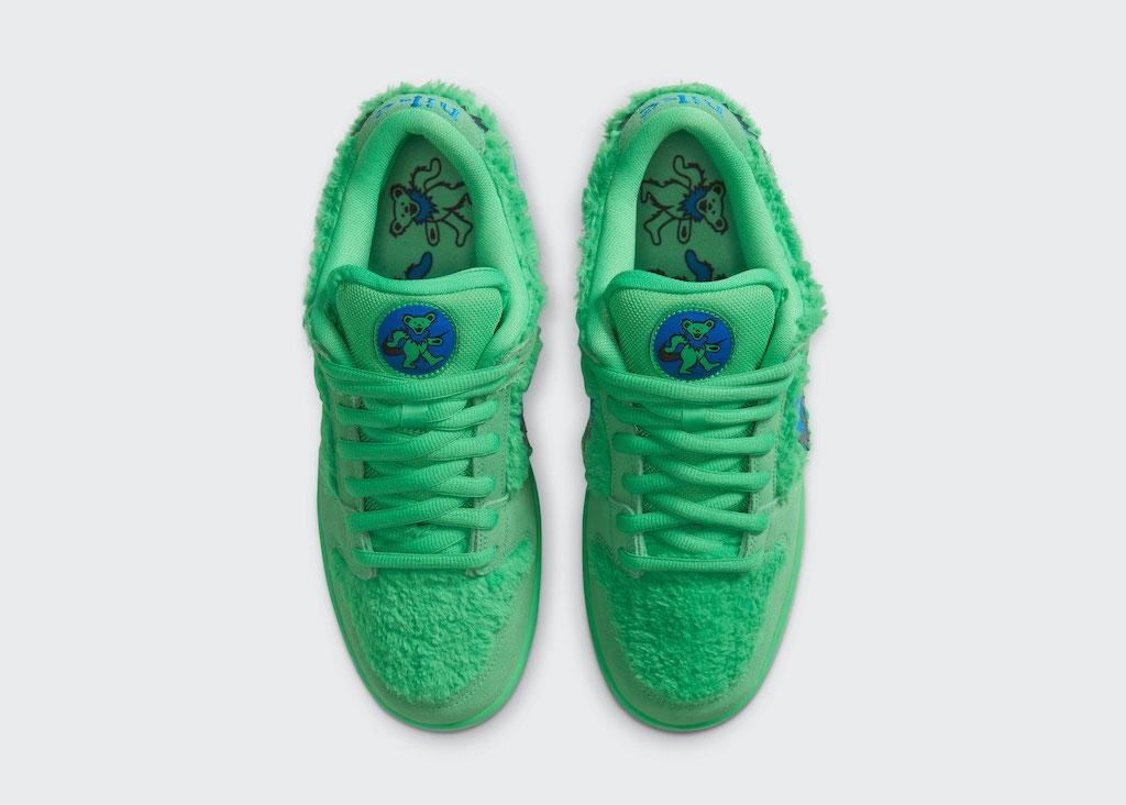 NIKE Grateful Dead Sneaker Bottom
