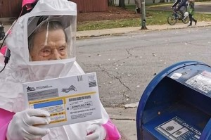 102 Year Old Woman Wears Pink PPE to Vote