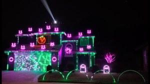 2020 Light Show Halloween BetGeorge