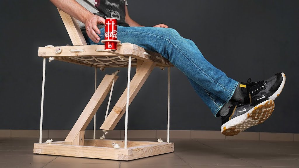 An Amazing Chair That Uses Floating Structural Compression to Hold a Person's Seated Weight
