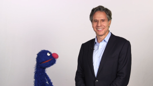 Grover meets Deputy Secretary Tony Blinken to talk about refugees