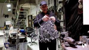 Anthony Howe Fabricates a Kinetic Wind Sculpture