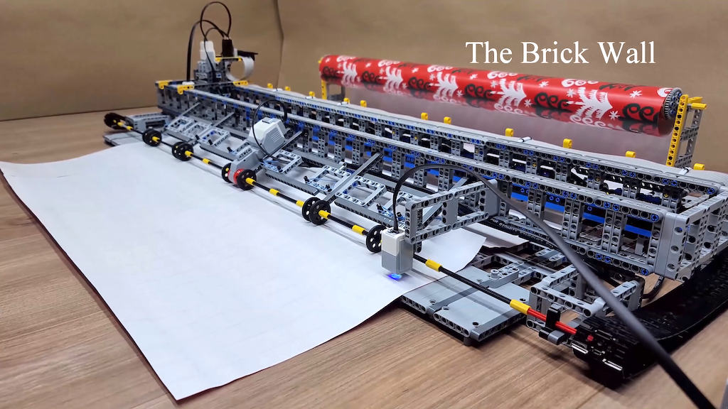 LEGO Wrapping Paper Cutting Machine