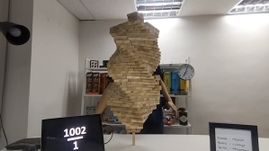 Putting 1002 pieces of Jenga on 1