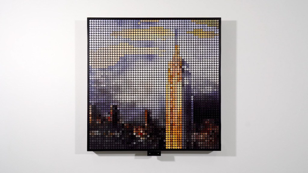 Remarkable Interactive AI Flip-Disc Display Visualizing the Time and Weather at the Empire State Building