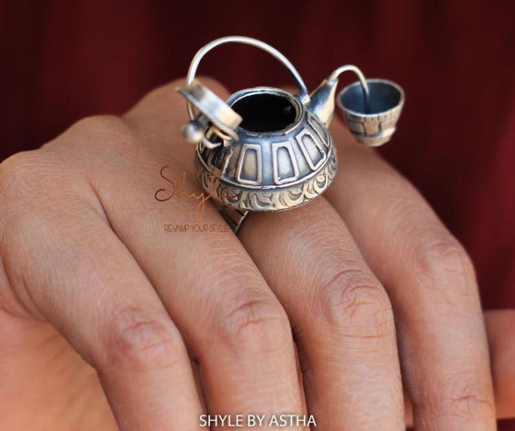Tea Kettle Ring Open