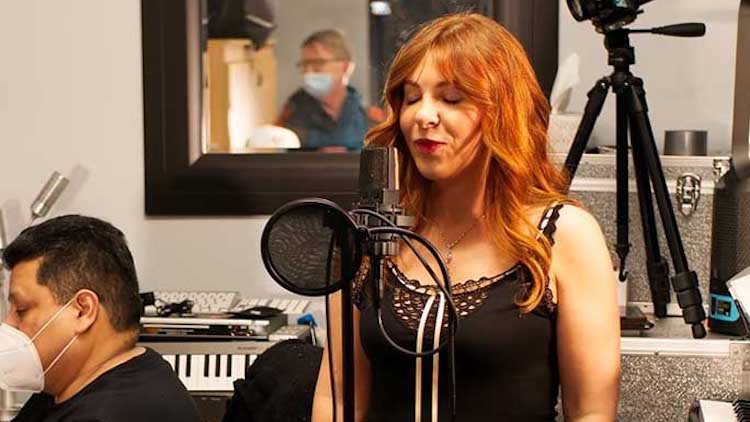 Canadian Vocalist Sets the Guinness World Record for the Lowest Vocal Note Ever Reached by a Female
