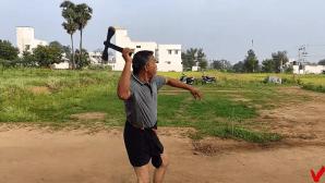 How to Throw Axe Like Boomerang
