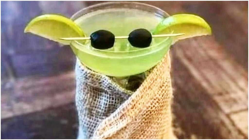 How to Make a Tasty Master Yoda Cocktail
