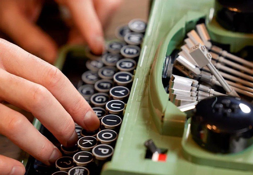 LEGO Typewriter Keys