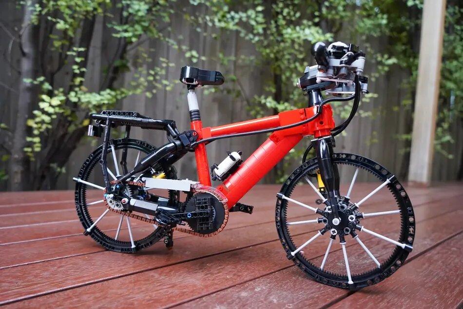 LEGO Bicycle Side