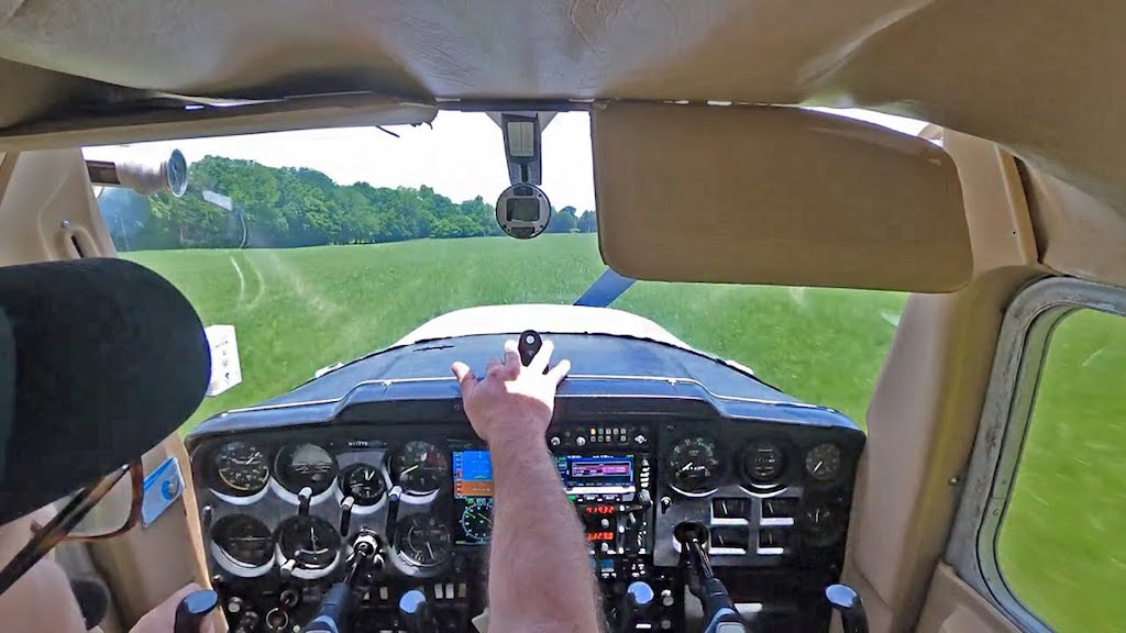 Student Pilot Loses Power in Cessna 150