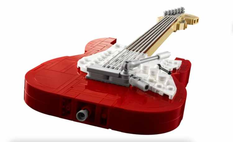 Fender Stratocaster LEGO Set Long View