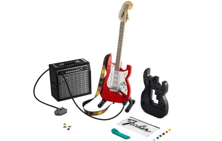 Fender Stratocaster LEGO Set