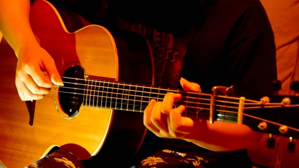Rich Girl Hall and Oates Fingerstyle Guitar Kent Nishimura