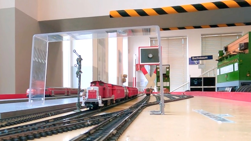 A Model Train That Realistically Simulates the German Railway System For Student Dispatchers - laughing squid
