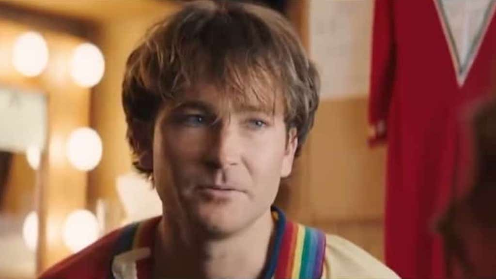 Jamie Costa as Robin Williams