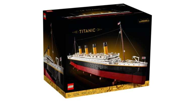 LEGO Titanic Box
