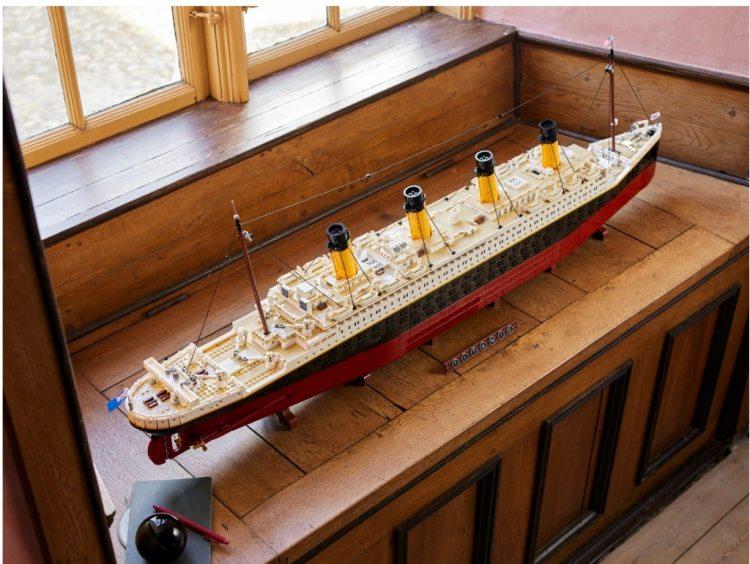LEGO Titanic Windowsill