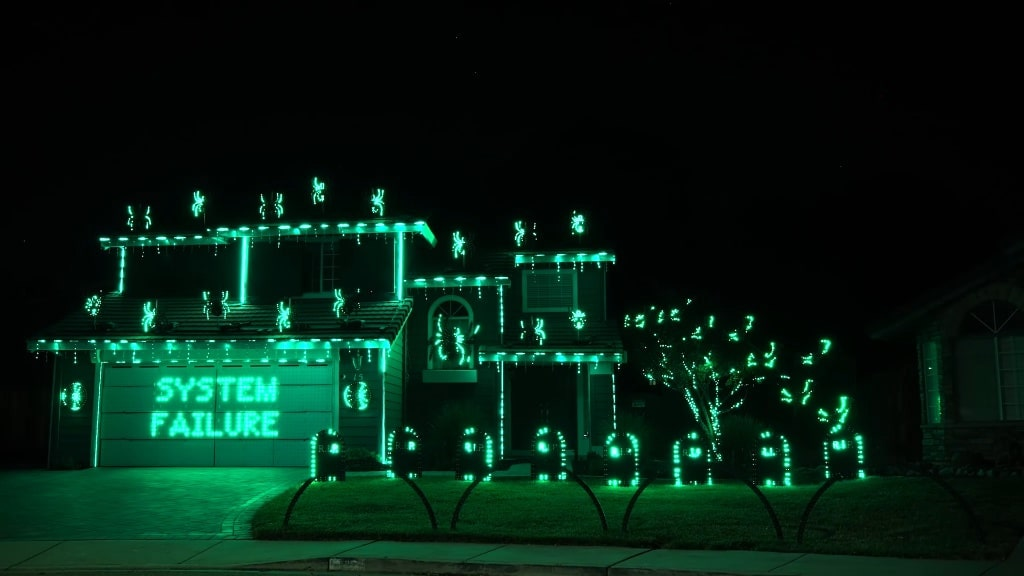 The Matrix Ending Scene 2021 Halloween Light Show with Wake Up by Rage Against the Machine