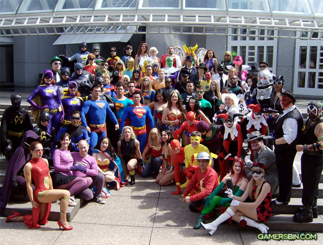 The DC Universe Cosplay via Gamersbin