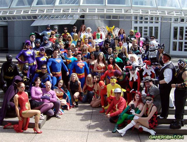 The DC Universe Cosplay via Gamersbin