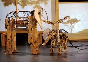 Robotic animal sculptures of Savanna