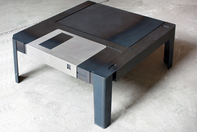 Floppy Table by Neulant van Exel