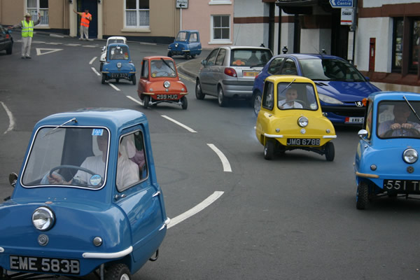 adorable 60s era peel microcars are still world 39 s smallest cars. Black Bedroom Furniture Sets. Home Design Ideas