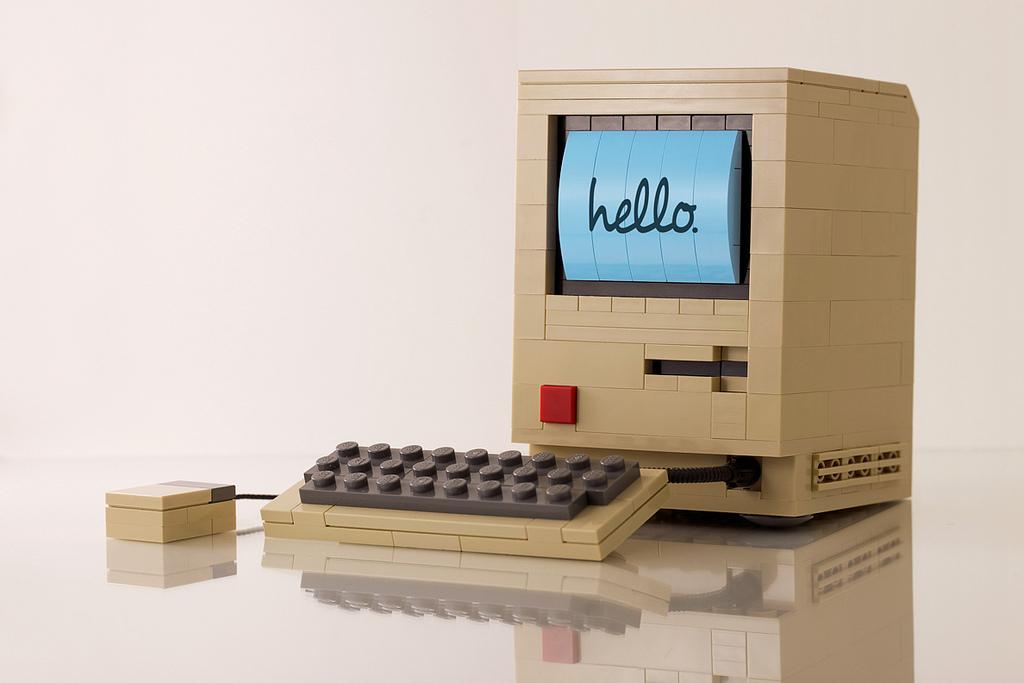 Original Apple Macintosh Computer Built Out of LEGO by Chris McVeigh