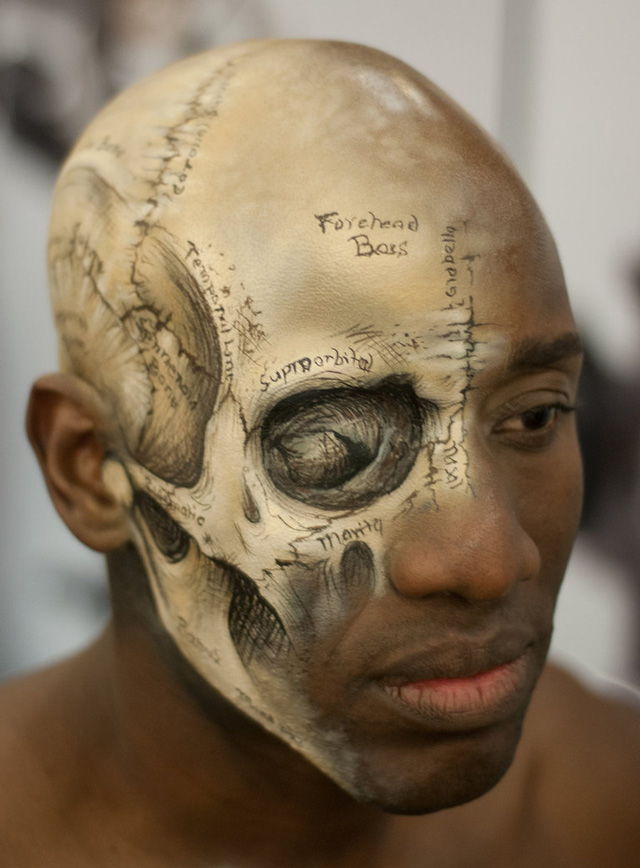 Head Painted Like A Skull Out Of Grays Anatomy