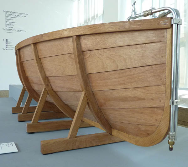 Bathboat by Studio Wieki Somers