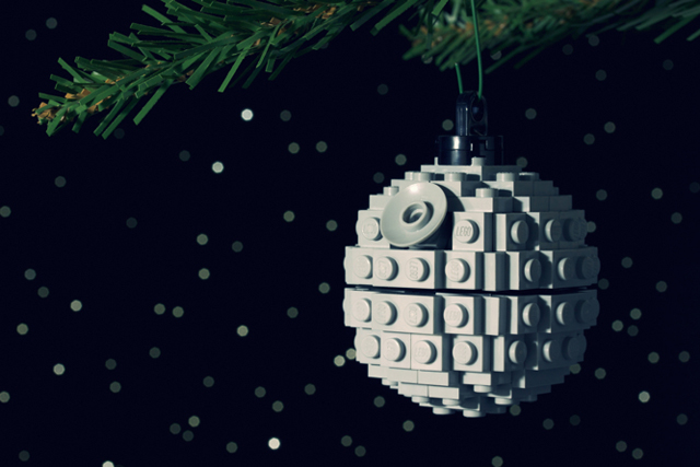 Build-it-Yourself LEGO Holiday Ornaments by Chris McVeigh