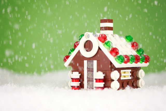 LEGO Gingerbread House by Chris McVeigh