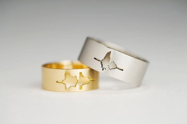 Wedding Rings Feature the Waveform of Couple's Voices Saying 'I Do'
