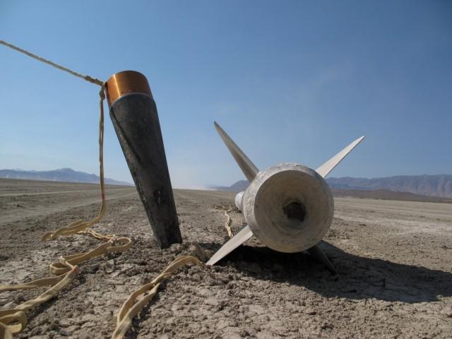 Qu8k Rocket by Derek Deville Reaches 121,000 Feet