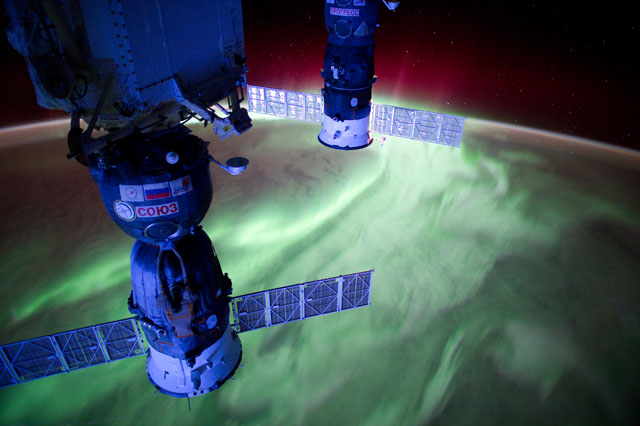 A Stunning Time-Lapse Trip Around Earth Using Space Station Photos