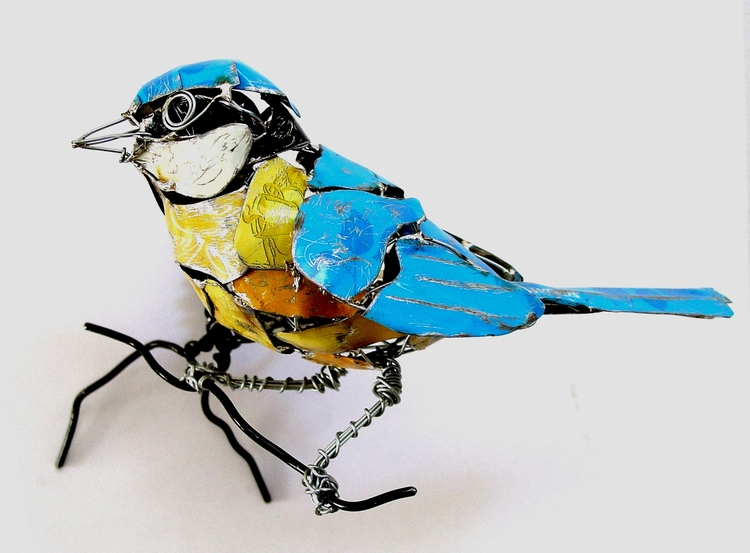 Wire & Recycled Metal Animal Sculptures by Barbara Franc