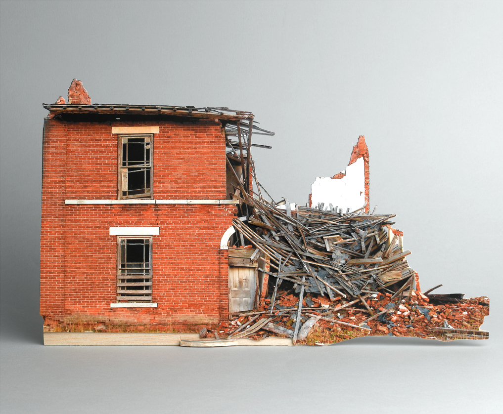 Broken houses scale models of decaying buildings by ofra for Homes pictures new models