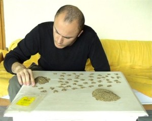 Counting 100g of Cumin by Ovidiu Anton