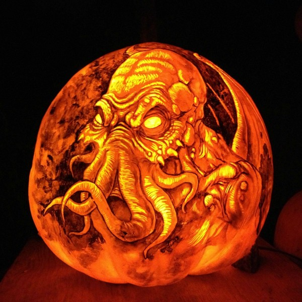 Jack-O-Lantern Spectacular, Featuring an Impressive Series of Detailed Pop Culture Halloween Pumpkin Carvings