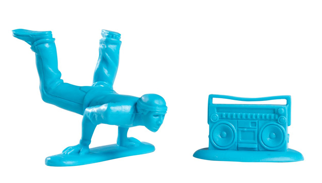 T11LR007 3 Plastic Breakdancers by Kidrobot, Inspired By Little Green Army Men