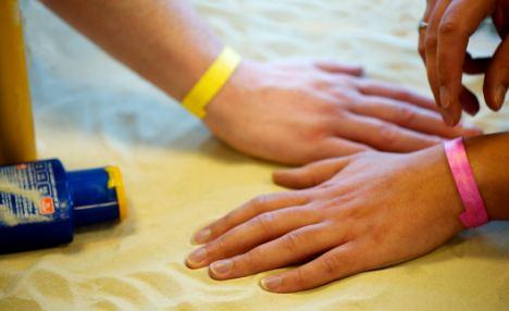 Sunburn Warning Wristband