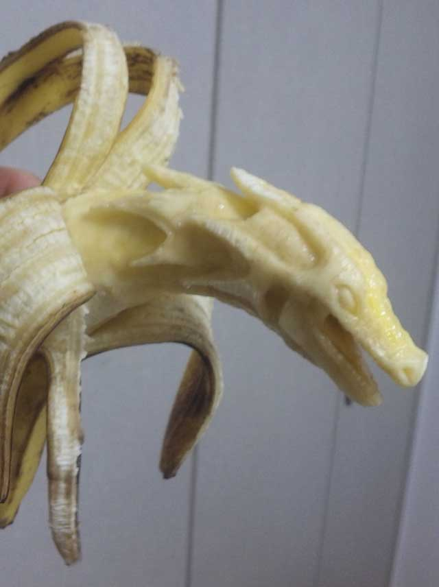 Banana sculpture by y_yamaden
