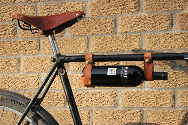 [Image: bicycle-wine-rack-20110503-132047.jpg]