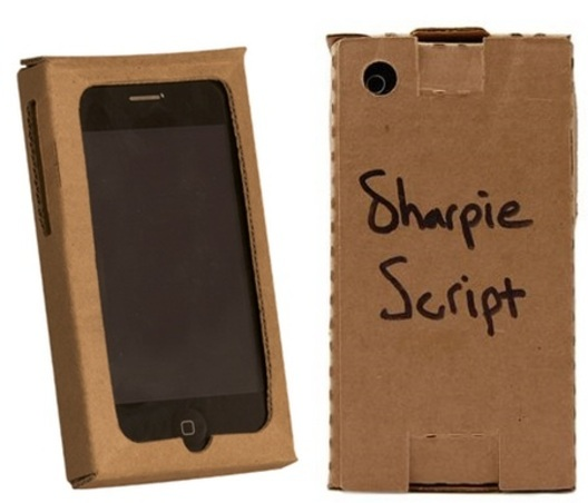 cardboard-iphone-case